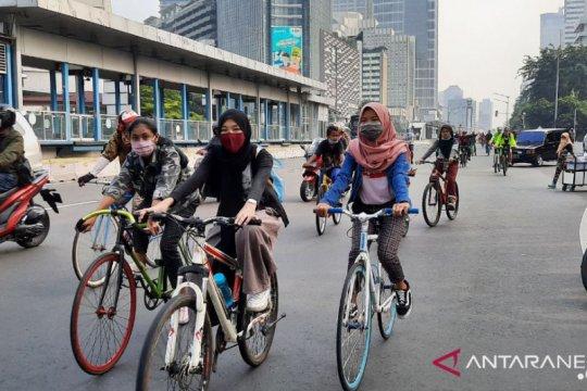 Khawatir tertabrak  jadi alasan orang enggan bersepeda saat hari kerja