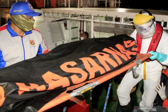 SAR Kupang lanjutkan pencarian tujuh korban kapal tenggelam