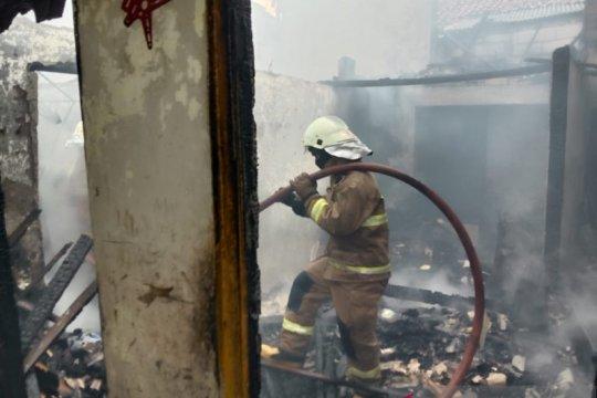 Korsleting diduga penyebab kebakaran rumah tinggal di Pasar Minggu