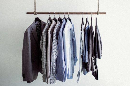 "Coba ""slow fashion"", jalani tiga bulan tanpa belanja baju baru"