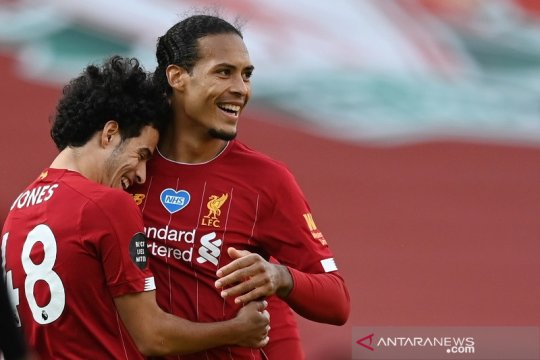 "Klasemen Liga Inggris: Liverpool 11 poin dari rekor ""centurion"""