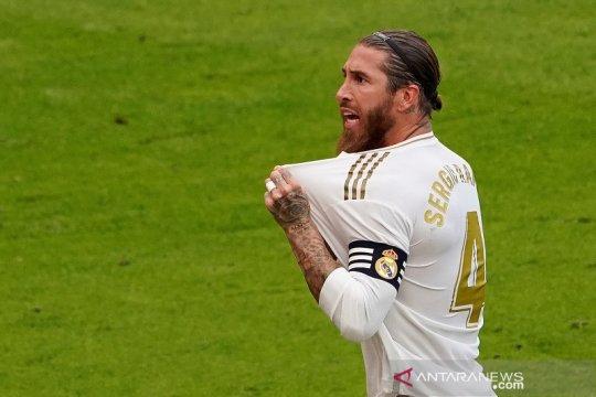 Klasemen Liga Spanyol: Real Madrid, Barca masih dipisahkan empat poin