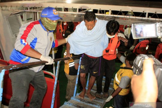Dishub NTT bersama KSOP investigasi kapal tenggelam