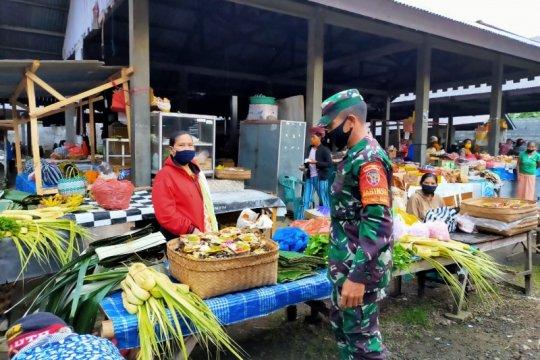 Personel TNI disiplinkan pasar-tempat wisata jelang normal baru