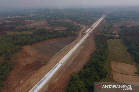 Pembangunan Tol Japek II berlanjut, pembebasan lahan hampir 80 persen
