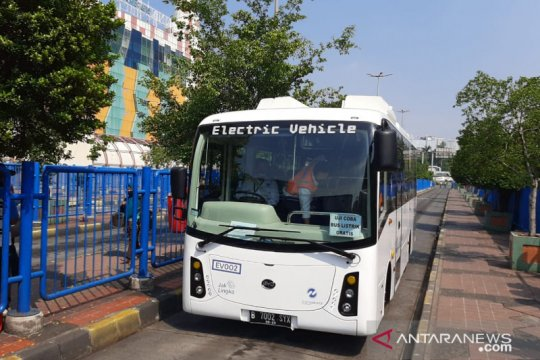 TransJakarta rencanakan 100 bus listrik beroperasi hingga akhir tahun