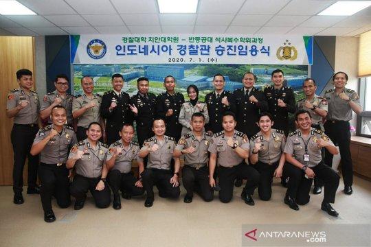 Perwira Kepolisian Indonesia terima kenaikan pangkat di Korea Selatan