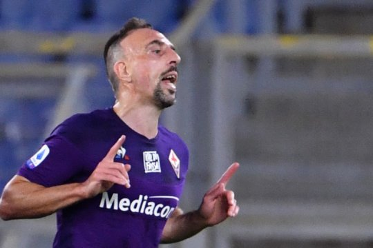 Nasib buruk Ribery, sudah cedera dirampok pula