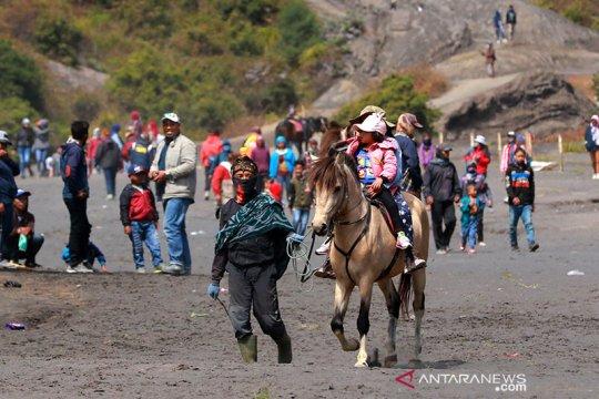 Kemenparekraf siapkan protokol kesehatan pendakian gunung