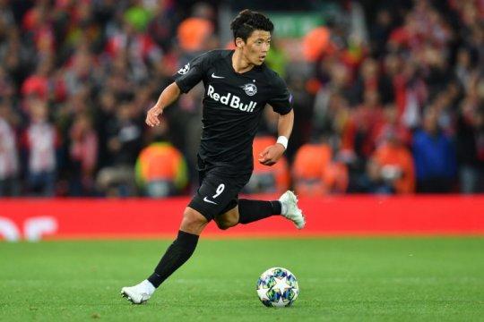 Leipzig beli striker Korea Selatan Hwang Hee-chan