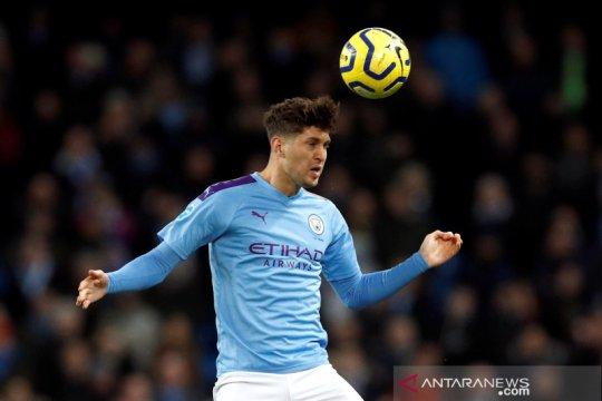 Guardiola akan diskusikan masa depan John Stones di Manchester City
