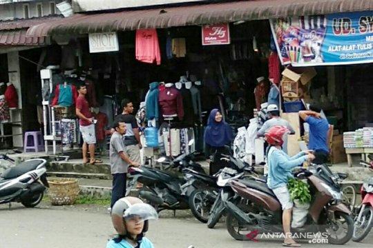Warga Gunungsitoli panik akibat gempa magnitudo 5,0