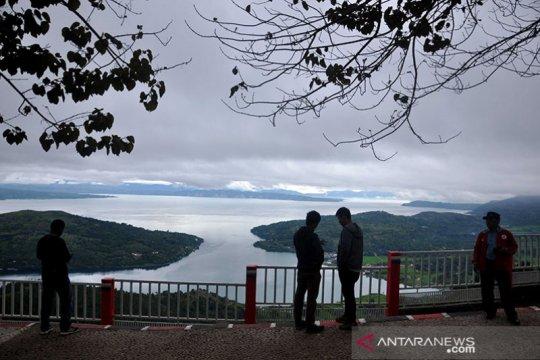 Pemerintah memulai proyek pengembangan 10 desa wisata Danau Toba