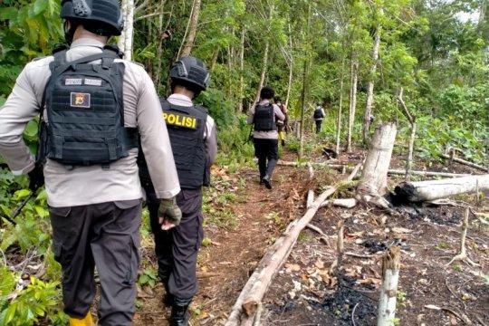 Polisi Jayapura gelar patroli jalan kaki di perbatasan RI-PNG