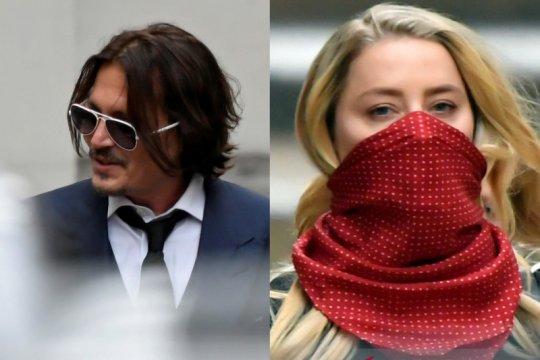 """Tinja di ranjang jadi """"akhir pernikahan yang tepat"""" untuk Johnny Depp"""