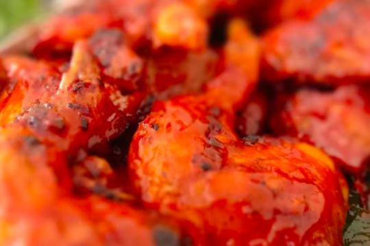 Ayam bakar pedas yang membuat bibir jontor