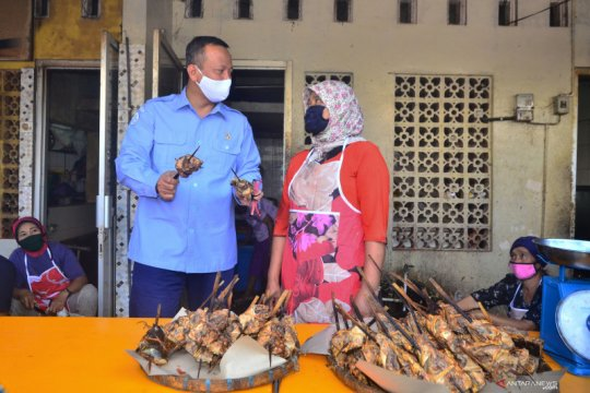 Penyaluran pinjaman modal bagi nelayan