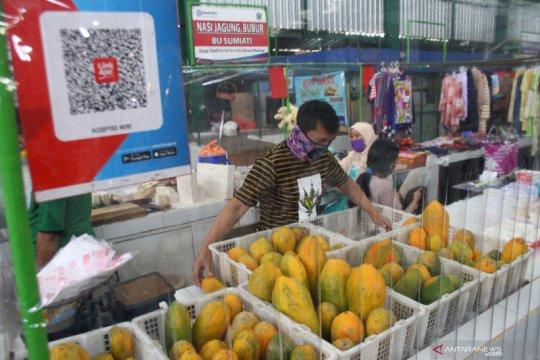 Penerapan protokol kesehatan di Pasar Tangguh