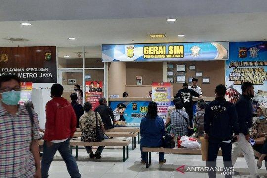 Polda Metro Jaya buka lima gerai SIM Keliling pada Senin