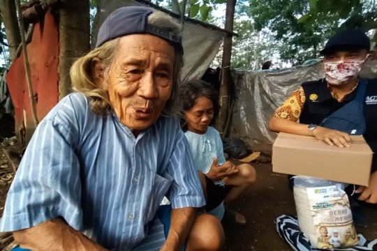 Keluarga miskin penghuni gubuk di Purwokerto-Jateng dibantu ACT