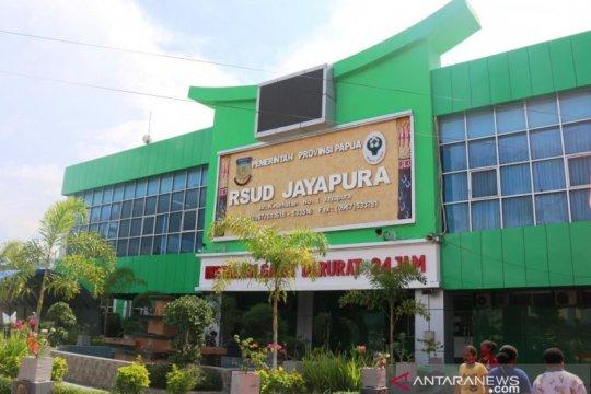 Sudah 84 tenaga kesehatan RSUD Jayapura terpapar COVID-19, sebut Dirut