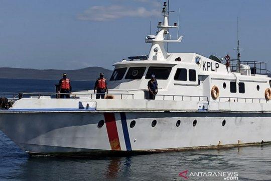 """Kapal patroli KSOP Kupang masih cari penumpang """"Kasih 25"""" yang hilang"""