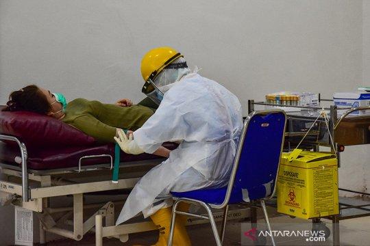 RSUD Arifin Achmad turunkan tarif tes cepat COVID-19 jadi Rp150.000