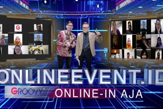 Berapa biaya untuk gelar acara virtual berkelas di masa normal baru?