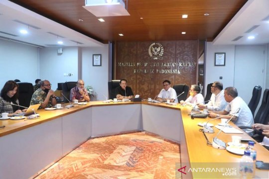 "MPR dukung Presiden larang impor ""rapid test"""