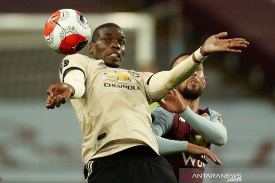 Manchester United tumbangkan Aston Villa 3-0