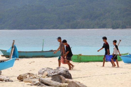 Memupuk rasa aman COVID-19 di pulau terluar Lampung
