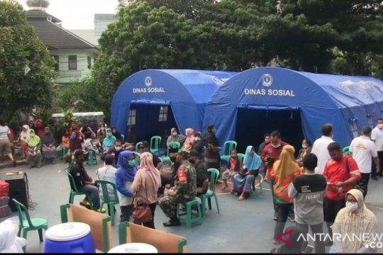 Jakarta Timur distribusikan bantuan untuk korban kebakaran Rawamangun