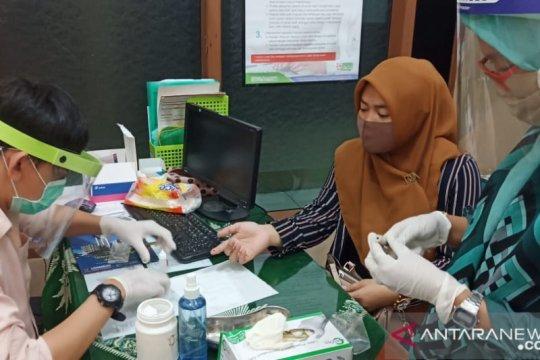 Unismuh Makassar fasilitasi dosen dan staf lakukan tes cepat