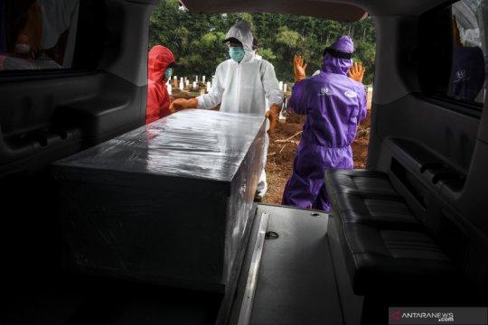 Anies minta tak ada spekulasi kuburan COVID-19 di Jakarta penuh