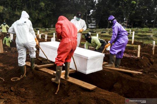 Tanah wakaf bisa untuk pemakaman jenazah COVID-19 di Jakarta