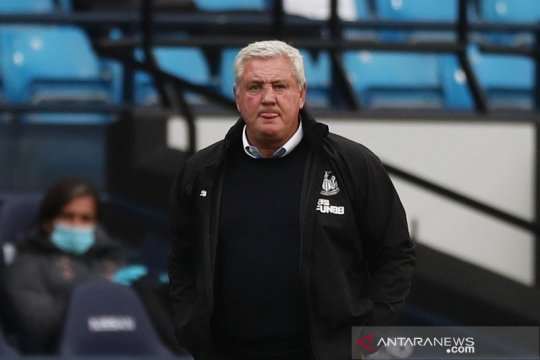 Bos Newcastle tuntut reaksi positif setelah jadi bulan-bulanan City