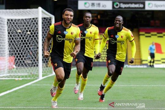 Dua penalti antar Watford bangkit tundukkan Newcastle