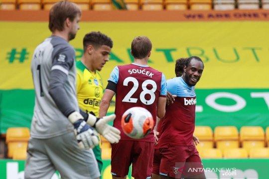 Michail Antonio borong empat gol, West Ham kirim Norwich terdegradasi