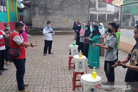 PMI Sukabumi sosialisasikan persiapan hadapi normal baru di ponpes