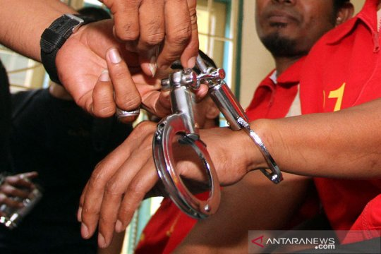 Polisi bekuk pelaku penipuan asuransi motor di Bali