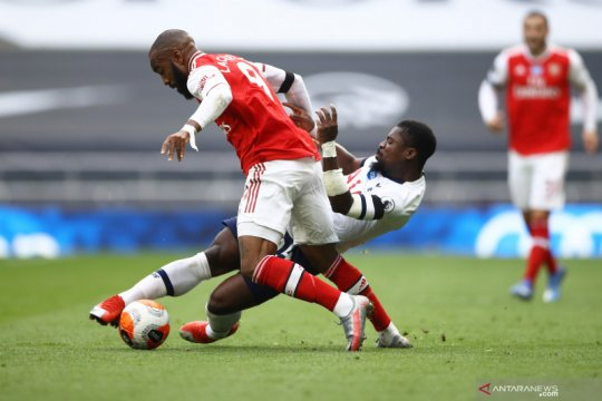 Liga Inggris: Babak I Tottenham Hotspur vs Arsenal imbang 1-1
