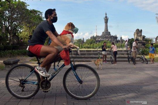 Uji coba hari bebas kendaraan di Bali