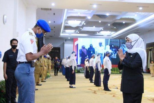 Gubernur Jatim ajak siswa tetap optimistis meski belajar via daring