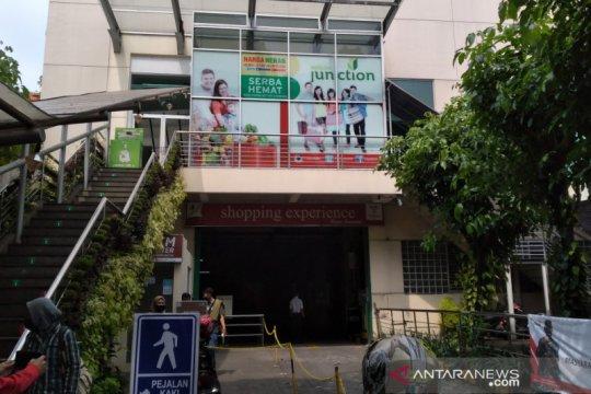 Karyawati positif COVID-19, swalayan di Bogor tutup sementara