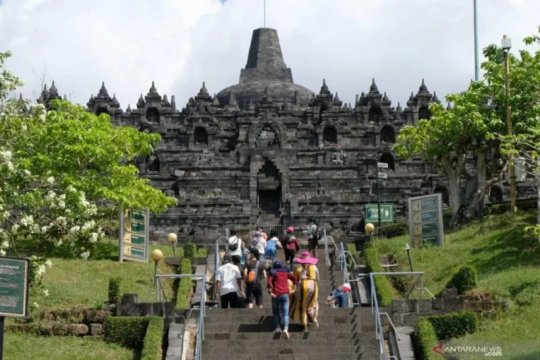 Penambahan kuota kunjungan di Candi Borobudur dan Prambanan bertahap
