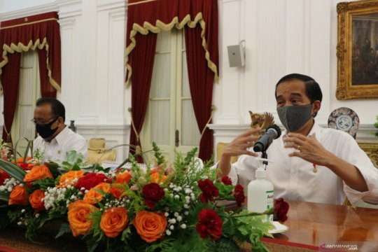 Kemarin, Presiden optimis defisit susut hingga apresiasi petugas KRL