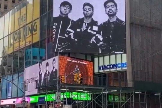 """Weird Genius tak menyangka """"Lathi"""" terpampang di Times Square"""