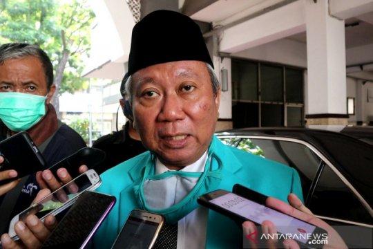 Politik kemarin, Muktamar Muhammadiyah diundur hingga soal Partai Emas