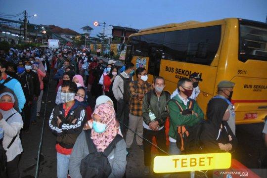 Penambahan bus bantuan gratis di Stasiun Bogor