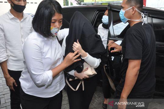 Hukum kemarin, pemesan artis FTV hingga paspor Djoko Tjandra